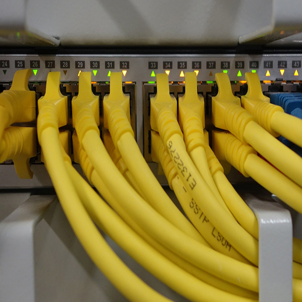 network-cables-499792